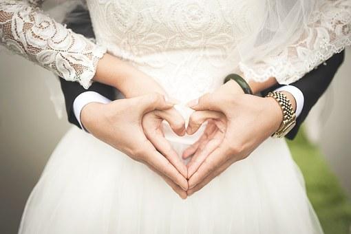 PRESTATIONS MARIES